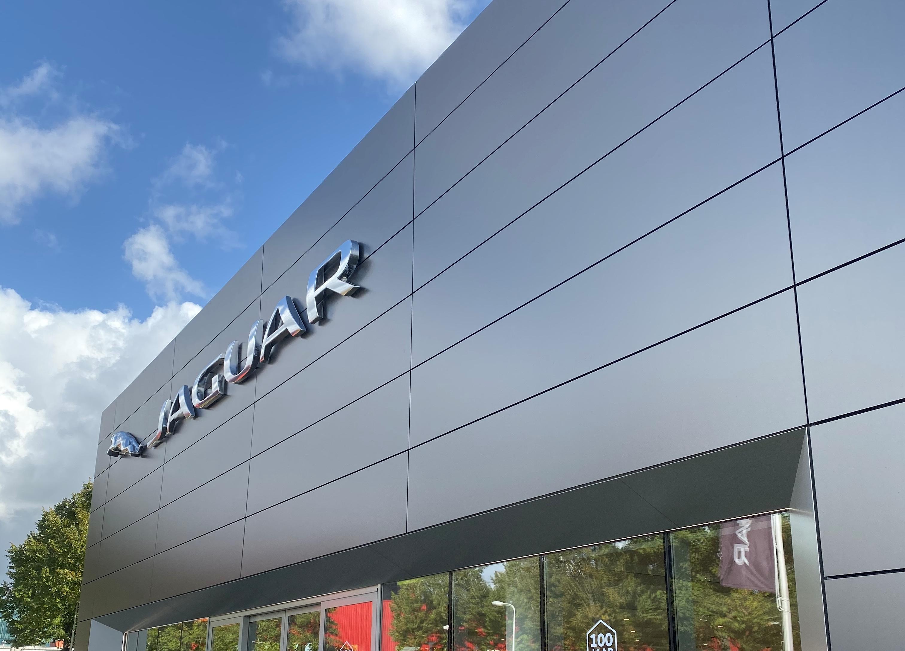 Gevelbekleding: Jaguar & Land Rover