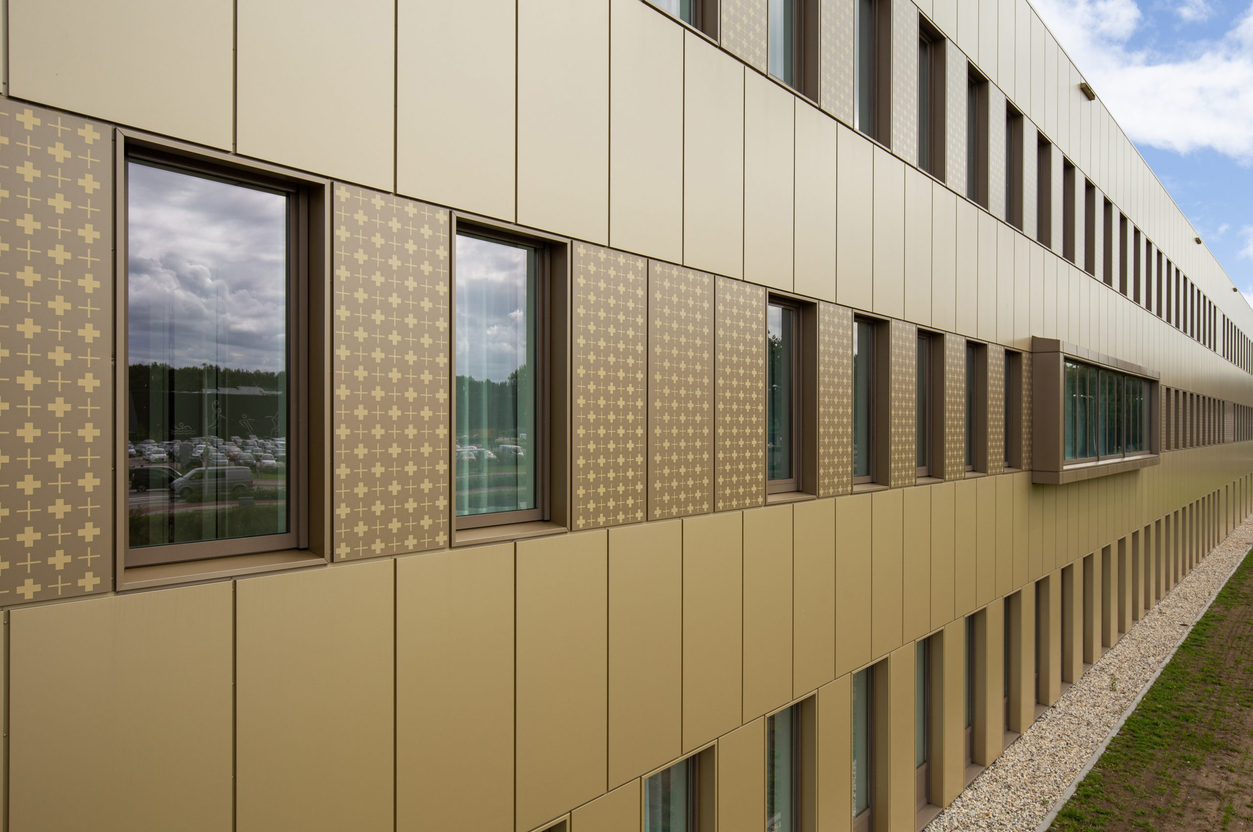 Gevelbekleding: Saxenburgh Medisch Centrum
